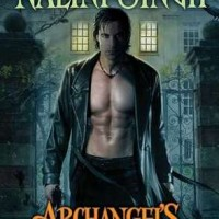 Review: Archangel&#8217;s Blade by Nalini Singh (Guild Hunter #4)